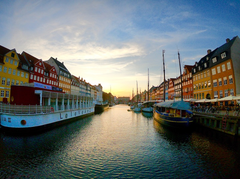 itinerario di copehagen in un week end nyhavn christiania e la sirenetta