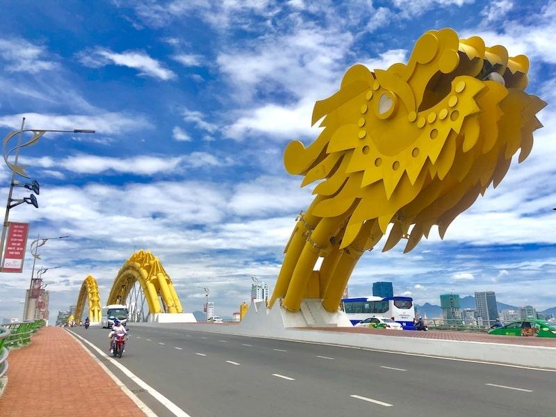 drago giallo da nang ponte vietnam