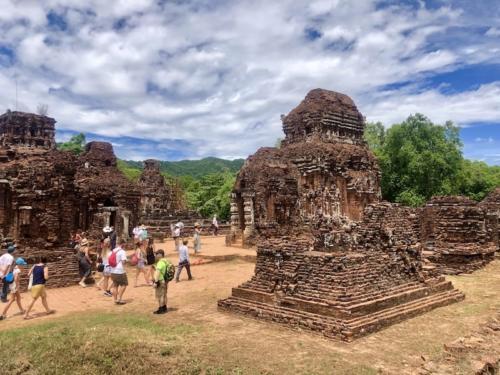 My son hoi an tour templi
