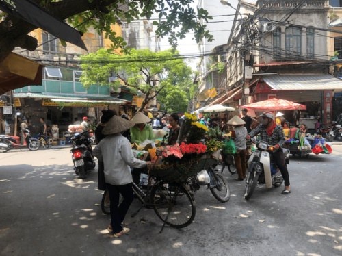 hanoi street food vecchia hanoi itinerario vietnam mercato