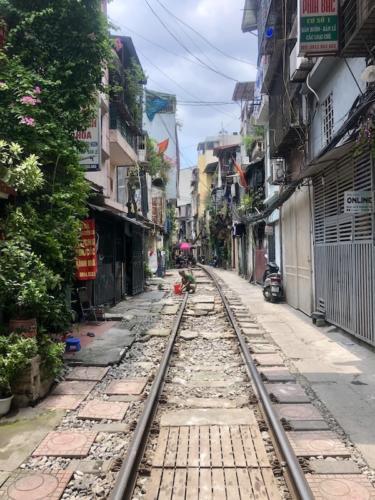 hanoi train street vecchia hanoi itinerario vietnam 3