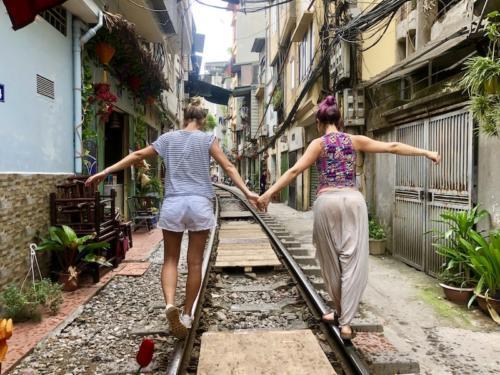 hanoi train street vecchia hanoi itinerario vietnam 6